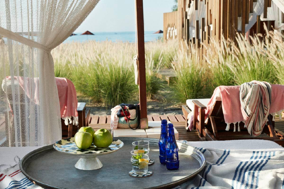 Luxus im All Inclusive am Strand. Daybeds im TUI BLUE Sarigerme