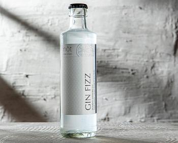 Gin Fizz, klassischer Cocktail mit Bombay Sapphire Gin