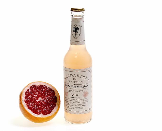 Pink Grapefruit Limonade mit Mandel