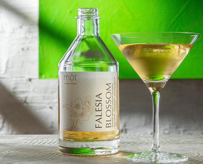Falesia Blossom Signature Cocktail exclusiv für TUI BLUE entwickelt