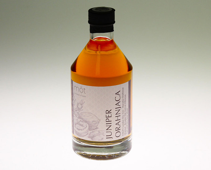 Der Juniper Orahnjaca Cocktail, ein Signature Cocktail aus dem TUI BUE Jadran
